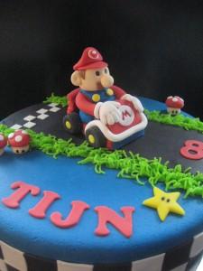 Mario voor Tijn - Tante Plomm - kindertaart