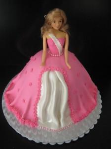 Tante Plomm Barbie taart